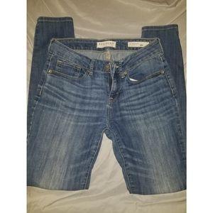 Size 5 Skinny Jeans (juniors)